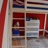 Ikea Hochbett SEHR Stabil aus Holz und Ikea Schrank abzugeben